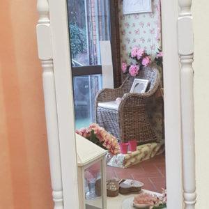 Specchio Bianco In Legno Con Cornice E Supporto