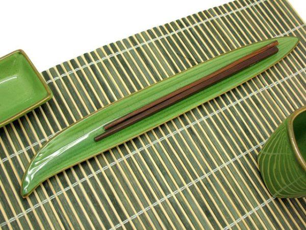 Piatto foglia 28x3 japan green