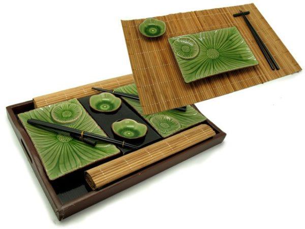 Vassoio in legno 45x30 + 2 bacchette +2 poggiabacchette +2tovagliette in bamboo