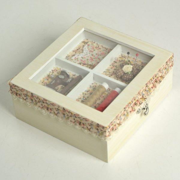 Scatola legno rosina anticata con stoffa fiori