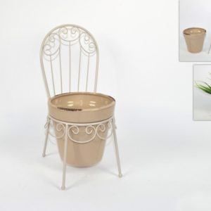 Sedia in metallo con vaso