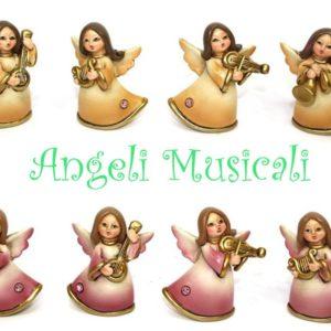 Angelo con strumento musicale