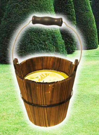 Secchio in legno citronella