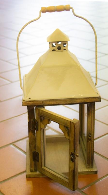 Lanterna in Legno Marrone